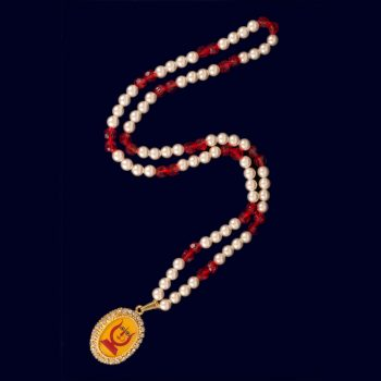 Rani Sati Dadi Oval Shape Small Size Pendant with Artificial Red Beads And White Pearl Mala Pack of 100 Pieces